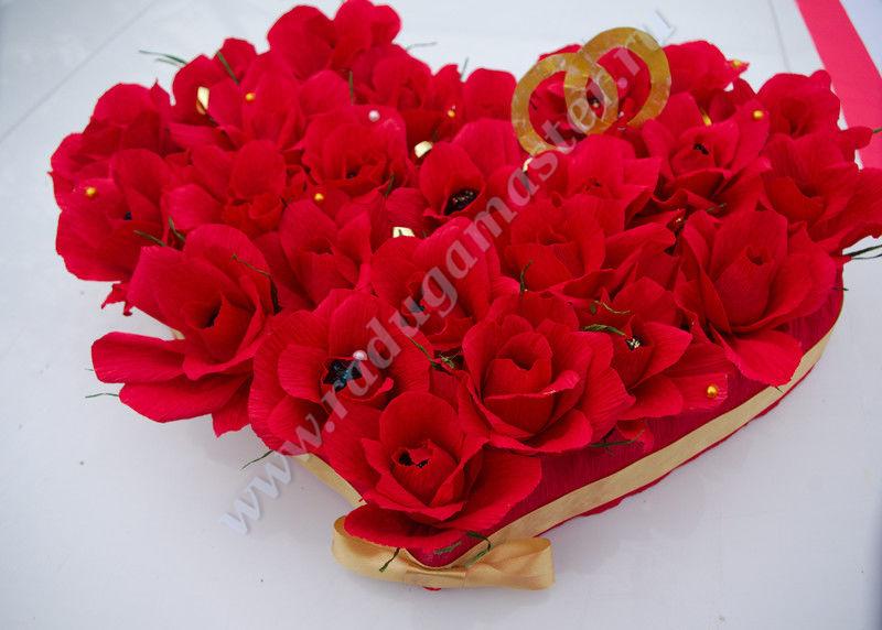 сердце из конфет,мастер класс,мк,букет из конфет в форме сердца,роза из конфет,роза из гофрированной бумаги, цветы из гофрированной бумаги,своими руками,День Святого Валентина, сладкие подарки,14 февраля.свадьба,букет из конфет на свадьбу