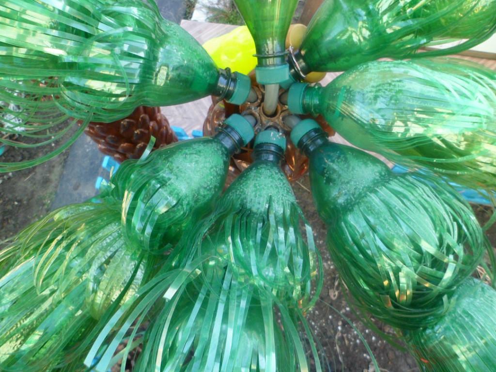 Пальма из пластиковых бутылок поэтапно своими руками фото