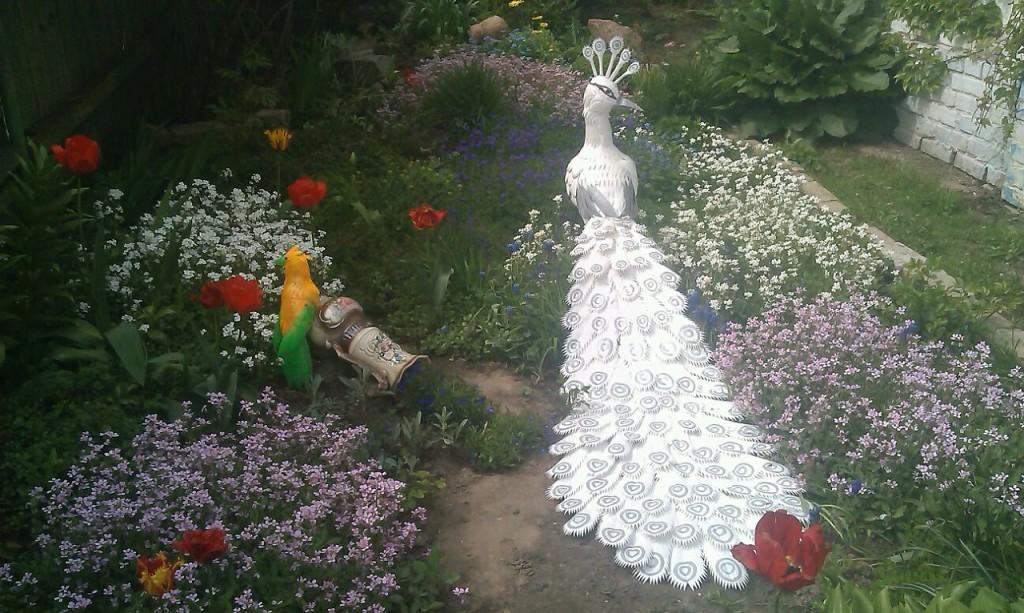 Поделки из пластиковых бутылок для сада своими руками пошаговая инструкция