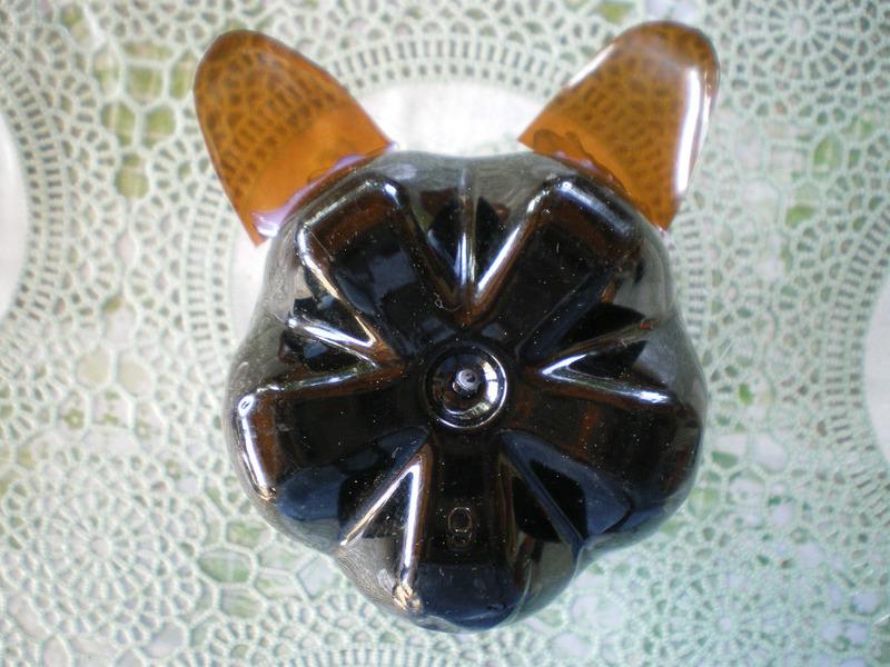 Мышь из пластиковых бутылок мастер класс