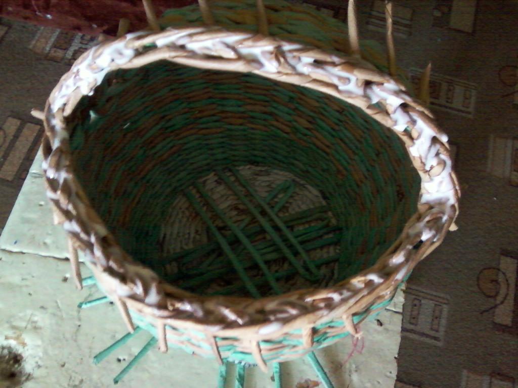 Плетение из газет своими руками мастер класс