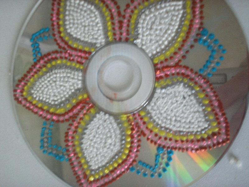 Ёлочные игрушки из компакт дисков своими руками