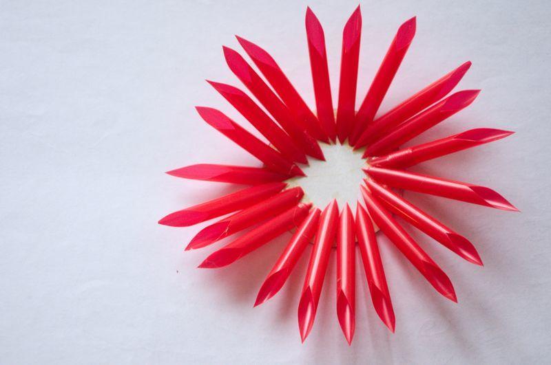 Цветок из трубочек для коктейля своими руками для детей 5