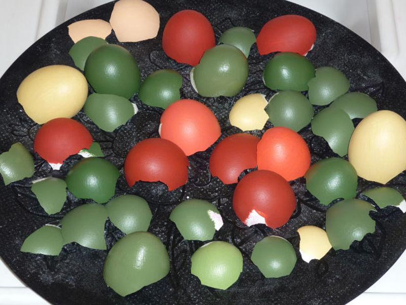 мозайка из иной скорлупы,мастер класс,пошаговое фото,картина изкусочков скорлупы,тарелка декорированная яичной скорлупы,яичное кракле,декор интерьера,декорирование тарелок
