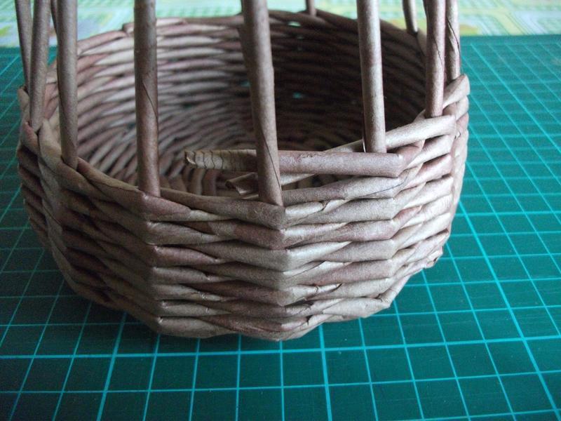 Плетение из газет своими руками мастер класс 827